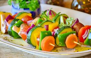 vegetable-skewer-3317060_1920